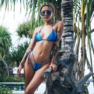 andi_bagus_tiga_bikini_blues_cathlin_timmy.jpg