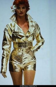 fashion-photography-archive-image-work-image----batch37----fullSize----103617_103617-1_0246_fs.jpg.jpg