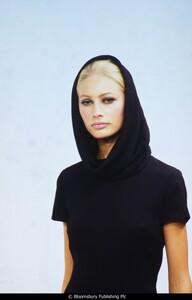 fashion-photography-archive-image-work-image----batch37----fullSize----103617_103617-2_0399_fs.jpg.jpg