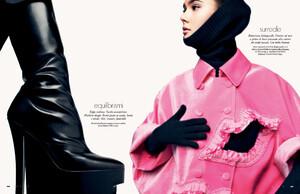 buerony - Elle Italia (September 2008) - Futuro Prossimo - 012.jpg