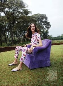 Harper's Bazaar UK - 2014 03-318.jpg