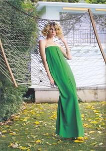 Vogue UK (May 2007) - Colour Vision - 002.jpg