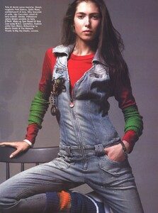 Vogue Italia (October 2005) - Latest News - 017.jpg