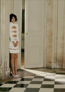 ARCHIVIO - Vogue Italia (February 2004) - Suggestions - 012.jpg