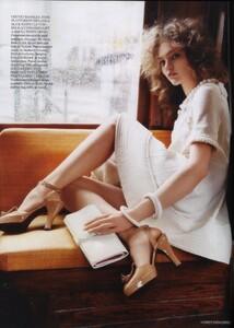 Vogue UK (April 2006) - The Shining - 007.jpg