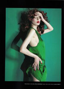 Numéro #84 (June-July 2007) - Dressed To Kill - 009.jpg