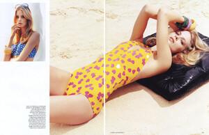 Vogue UK (June 2006) - Heat Seeker - 004.jpg