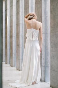Dan+Jones+Bridal+2018+Collection+_+the+LANE+campaign+_+Cleveland+dress+3.jpg