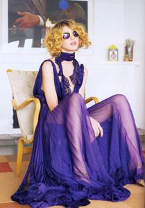 Vogue UK (May 2007) - Colour Vision - 004.jpg