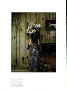 ARCHIVIO - Vogue Italia (February 2006) - Clothes That Charm - 013.jpg