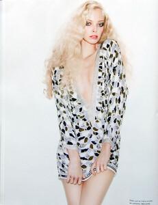 Numéro #91 (March 2008) - Tania - 009.jpg
