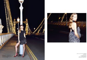 Vogue Turkey (December 2013) - Isikla vals - 006.jpg