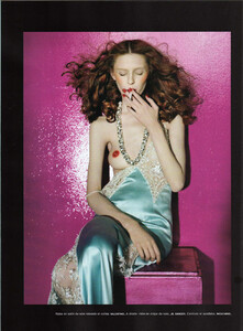 Numéro #84 (June-July 2007) - Dressed To Kill - 003.jpg
