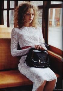 Vogue UK (April 2006) - The Shining - 005.jpg