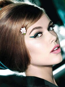 Glamour UK - 2011 12-303.jpg