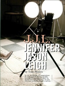 ARCHIVIO - Vogue Italia (February 2008) - Jennifer Jason Leigh - 002.jpg