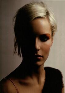ARCHIVIO - Vogue Italia (March 2004) - Perfection! - 004.jpg