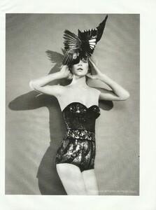 Vogue Russia (December 2006) - Cabaret - 005.jpg