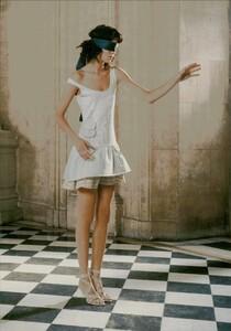 ARCHIVIO - Vogue Italia (February 2004) - Suggestions - 007.jpg
