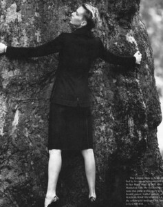 The Gentlewoman #6 - AW 2012 - Hugger - 003.jpg