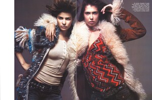 Vogue Italia (October 2005) - Latest News - 004.jpg