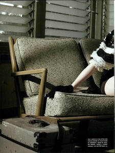 ARCHIVIO - Vogue Italia (February 2008) - Jennifer Jason Leigh - 007.jpg