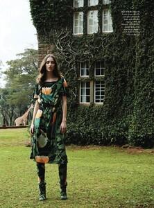 Harper's Bazaar UK - 2014 03-316.jpg