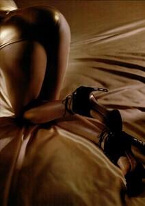 ARCHIVIO - Vogue Italia (March 2004) - Perfection! - 006.jpg