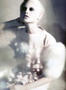 Vogue Germany (September 2008) - Neo Klassisch  - 003.jpg
