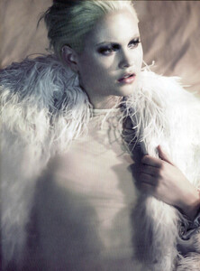 Vogue Germany (September 2008) - Neo Klassisch  - 008.jpg