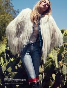 Elle France #3438 (November 18, 2011) - Arizona Jeans - 007.jpg