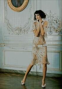 ARCHIVIO - Vogue Italia (February 2004) - Suggestions - 005.jpg