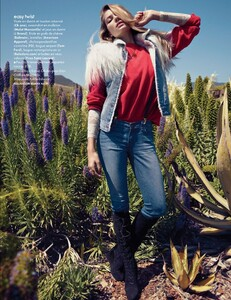 Elle France #3438 (November 18, 2011) - Arizona Jeans - 008.jpg