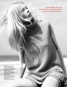 Elle France #3436 (November 04, 2011) - Claudia Schiffer - 004.jpg
