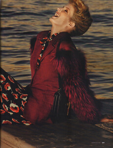 Elle Russia (November 2011) - Fanny François - 012.jpg