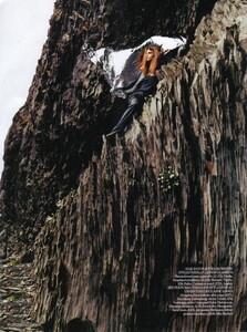 Vogue UK (November 2006) - Clean Slate - 004.jpg