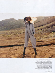 Vogue UK (November 2006) - Clean Slate - 009.jpg
