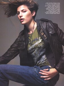 Vogue Italia (October 2005) - Latest News - 007.jpg
