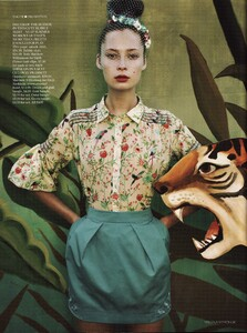 Vogue UK (June 2009, Supplement) - Where The Wild Things Are - 007.jpg