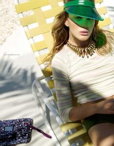 Elle France #3361 (May 28, 2010) - Miami Biche - 005.jpg