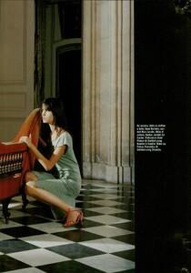 ARCHIVIO - Vogue Italia (February 2004) - Suggestions - 017.jpg
