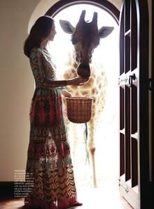 Harper's Bazaar UK - 2014 03-311.jpg