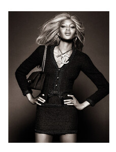 Vogue Brazil (May 2013) - Top Closet - 010.jpg