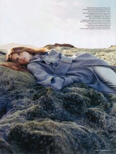 Vogue UK (November 2006) - Clean Slate - 011.jpg