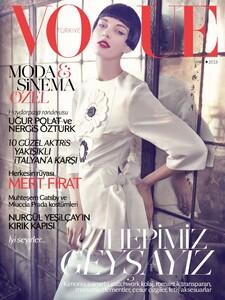 Vogue Turkey (March 2013) - Cover.jpg