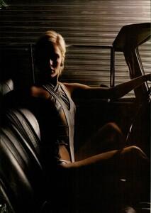 ARCHIVIO - Vogue Italia (March 2004) - Perfection! - 008.jpg