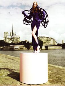 Vogue China (October 2008) - Blame It On Paris - 001.jpg