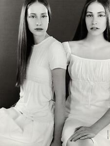 Grazia-Magazine-Photography-Indira-Cesarine-123.jpg.34bf475589b12a2e56c2d8238b21e062.jpg