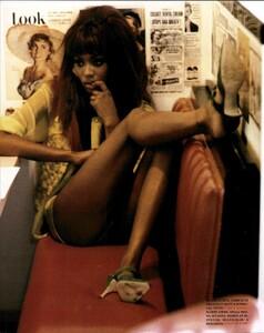 Hot_Pants_von_Unwerth_Vogue_Italia_May_1991_05.thumb.jpg.4c836e594c2b8b5c07b59f53f358dcb3.jpg