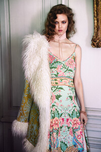 LOTUS-LINDSEY-WIXSON-FOR-SPELL-shot-by-Sybil-Steele-Spell-The-Gypsy-Collective-003.jpg